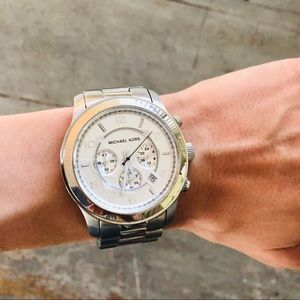 ♥️ Michael Kors ♥️ Silver Runway Watch